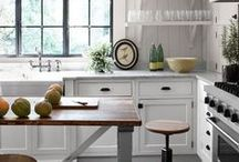 Farmhouse Kitchen / by York Zoo-How May I Help You