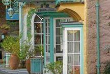 Beautiful Storefronts / by Debbie Howard