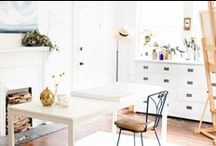 Art studio/ craft room / Ideas on how to decorate and organize tools and supplies in the art studio/ craft room