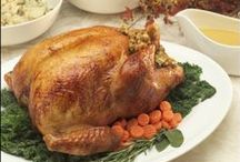 HOLIDAY Thanksgiving / Thanksgiving meals, Thanksgiving recipes and everything turkey that we love. Gobble, gobble. Thanksgiving crafts, too.