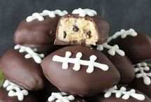 Football Food RECIPES / Football party food is the BEST kind of food! Whether you're looking for Superbowl food or just football party ideas to have friends over for the college game, find your football food on this board!