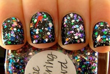 "The Nail Files / ""I don't like plain nails. They make me sad.""-Zooey Deschanel  / by Jess"