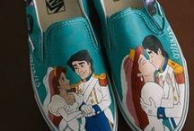 Novelty Shoes / Funny shoes, silly shoes, crazy shoes . . . and everything in between!