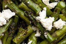 Side Dishes / A meal is not complete without the side dishes. / by Mandy Wallace