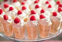 Dessert Shooters Recipes / The best dessert shooters you'll ever consume! These sugary dessert shooter recipes are easy-to-follow and taste great! Get ready for small snack recipes that come with a big, flavorful taste.