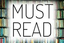 Ultimate Reading List for College Students / The ultimate reading list for college students, updated regular so make sure to follow the board!   We asked our amazing community of students, professionals, and career experts for their top must-read books and pinned them here!