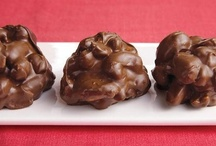 Candy, Fudge, Bark...delish!!!! / If I pin it..does it make the calories go away? / by Anne McErlean