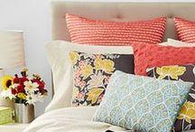 Girls' Bedroom / by Isabel Hernández