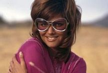 Vintage Eyewear 1970- Celebrities / Celebs wearing eyewear in 1970