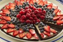 Dessert Pizza / Yummy Pizza for dessert? Yes you can - sweet and savory and the perfect ending to any meal / by Jodi P. Shaw