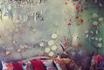 chinoiserie / chinoiserie examples and inspiration, wallpaper, florals, hand painted vines