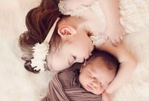 Photography: Newborn & Siblings / Great inspiration for newborns and their older siblings!