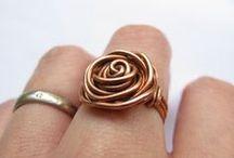 Jewelry / Jewelry, jewelry; stuff that I like or stuff I want to make. / by Cecyle