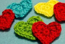 Nattypat Crochet Free Patterns / Everyone likes a little something for free—including Natalie of Nattypat Crochet. If you've got a yarn stash that needs to be tamed, an upcoming celebration in need of a gift or a little extra time on your hands, download a free Nattypat Crochet pattern and grab and crochet hook.