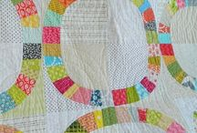 Quiltspiration / Quilts that make me want to get off Pinterest and into the sewing room (and some that inspire me to keep browsing).