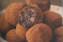 healthier sweet treats / by Jaclynn Marie