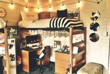 College Stuff! / by Brittni Hagemeier