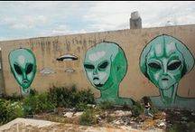 Aliens!  / The extraterrestrial friends of Ozzy and Woods!