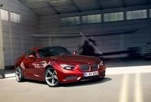 BMW Zagato Coupé / Kendi sınıfının en geleneksel ve elegan yarışması olarak kabul edilen ve 1929 yılından beri düzenlenen Concorso d'Eleganza Villa d'Este, bu yıl BMW Zagato Coupé için muhteşem bir dünya gösterimine ev sahipliği yaptı. Milanolu karoser ustası Zagato ve BMW'nin eşsiz işbirliği ile yaratılan ve otomobil meraklıları için gerçek bir başyapıt olan BMW Zagato Coupé 'yi keşfedin.