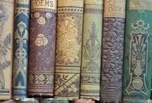 Salon Literacki / Najciekawsze tytuły, ulubieni pisarze, wydarzenia związane ze światem literatury.