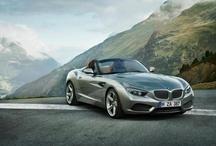 BMW Zagato Roadster / İtalyan inceliği, Bavyera'ya özgü roadster geleneği ile buluşuyor. BMW Zagato Coupé'den 3 ay sonra bir başka eşsiz işçilik ürünü olan başyapıt BMW Zagato Roadster'ı gururla sunuyoruz.