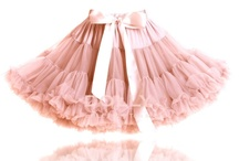 Wholesale Pettiskirts / Wholesale Pettiskirts. Wholesale pettiskirts. Beautiful collection of pettiskirts in gorgeous colors available worldwide for wholesale from DOLLY by Le Petit Tom ®. Sizes baby, girls and lady. Send an email with your company details to info@lepetittom.nl if for more information about wholesale pettiskirts for your shop.
