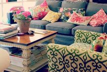 home chic home / by Megan Fussell