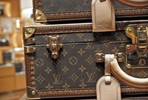 Travel in Style / At Insight we have perfected the art of touring in style - With some of the below items, you too can reinvent the art of touring in style!