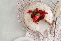 Cakes / by M i c h e l l e