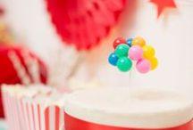 Party idea ❤ Circus / popcorn, pommes d'amour, tambours & carrousels. que le spectacle commence!