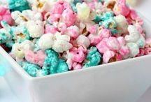 Popcorn Popping / Who knew there were so many delicious Popcorn Recipes? I thought that they deserved their very own board. Caramel corn, candied popcorn, savory corn and many more.