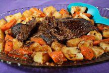 Main Dish Recipes / by Tauna Davis