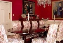 red dinning rooms / by Beth O'Donnell