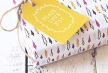 Creative Gift Wrapping / creative gift wrapping ideas for holidays + bridal showers + weddings + birthdays + any occasion