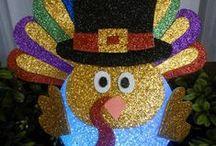 Fall Decor & Turkey Crafts / Thanksgiving Crafts & Fall Decor by FlashingBlinkyLights.com