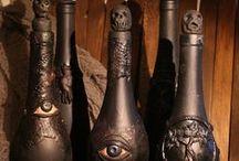Booooo... oooo... ooooooooooo... / Spooky, macabre, ghoulish... everything Halloween should be!