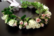 Flowers: Wreaths, Leis, and Garlands Galore!