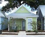 Tiny Home Pinspiration / Because I want to live in a tiny space.