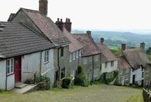Historic Buildings of England / Discovering English history through old buildings.