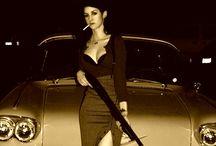 Girls With Guns / by Bella Montoya