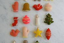 Christmas Decoration / Ornaments, unusual christmas trees, and other holiday decorations.