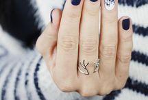 Nail Art / by Rajasi Dee