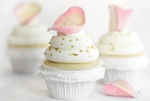 c u p c a k e s ♥ / head over heels in l♥ve with cupcakes... / by Almie's Bakery