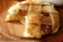 Dessert Recipes / by Laura Hamilton