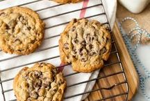 Cookie Recipes / Delicious cookie recipes!  Looking for cookies?  This is for you!