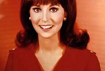 """That Girl TV Show Fashion / Growing up I loved watching """"That Girl"""" and the fabulously mod fashions that Marlo Thomas wore as """"Ann Marie"""" on the show. I couldn't get enough, and I still can't!"""