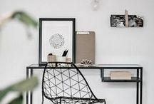 Creative Workspace / Arbeiten zu Hause? Das geht! Mit schönen Schreibtischen, bequemen Stühlen und den richtigen Schreibtischaccessoires.   Find the best ideas and inspiration for creating a creative and productive home office!