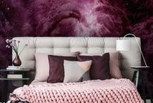 Purple / Phenomenal pink is an ideal proposal not only for fans of retro style. Sensible and romantic interiors will fall in love with each of its hues - from light pastels to hues with a touch of gray, which look fantastic in Scandinavian arrangements. Pink patterns with a touch of violet which adds flair is a variant in styles for both children and adults.