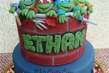 Kids cakes / by Stephanie Phillippi
