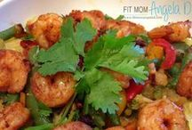 21 Day Fix Dinners / 21 Day Fix Approved meals with container counts. All family taste-tested and approved! Pin and bookmark meals, lunch recipes, Beachbody 21, 21 Day Fix, 21 Days, and Grocery lists. It's a great blog about clean eating and info on 21 day fix. A great and easy way to lose weight #healthylife #weightloss #fatloss